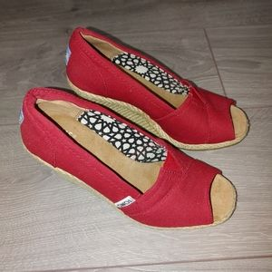 Toms calapso red high heels